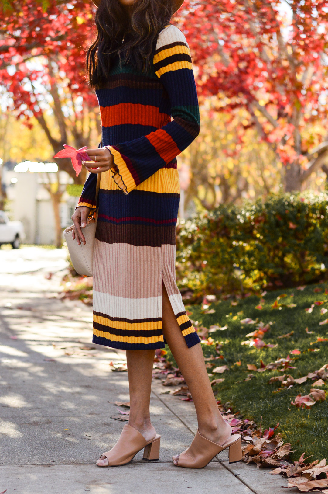 ribbed-stripes-knit-midi-dress-blogger-outfit 9
