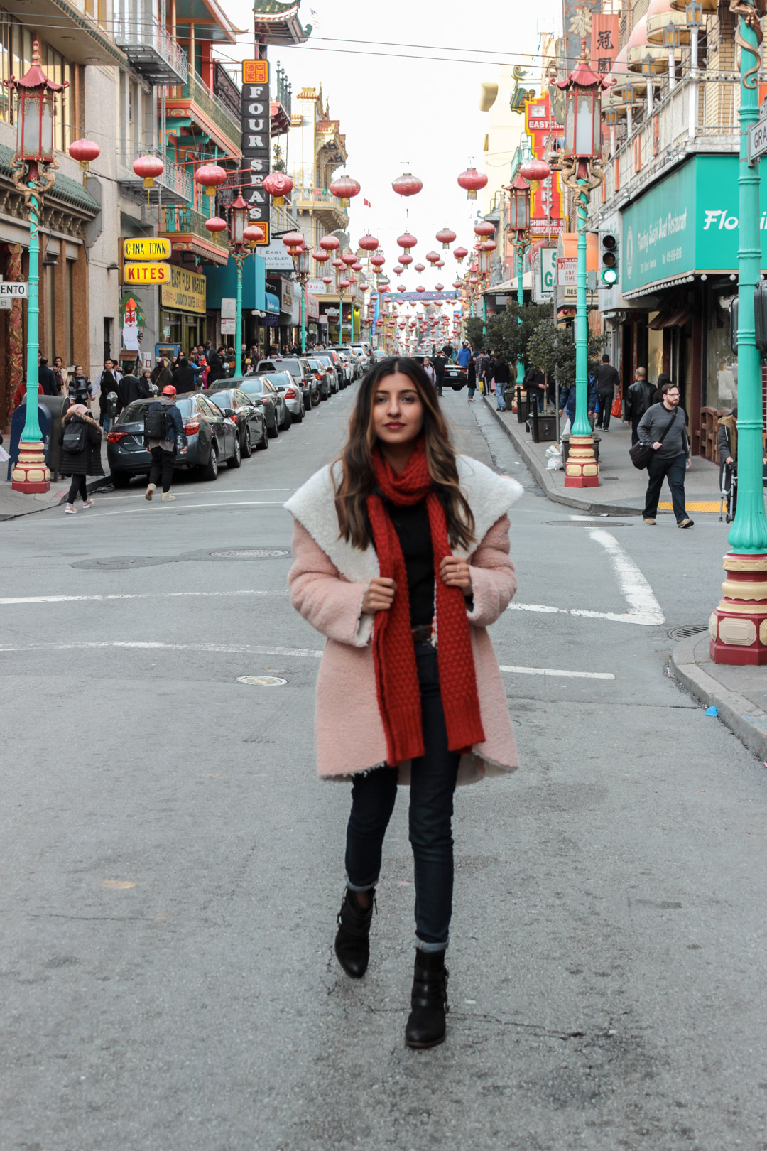 pink-teddy-coat-chinatown-san-francisco-blogger 4