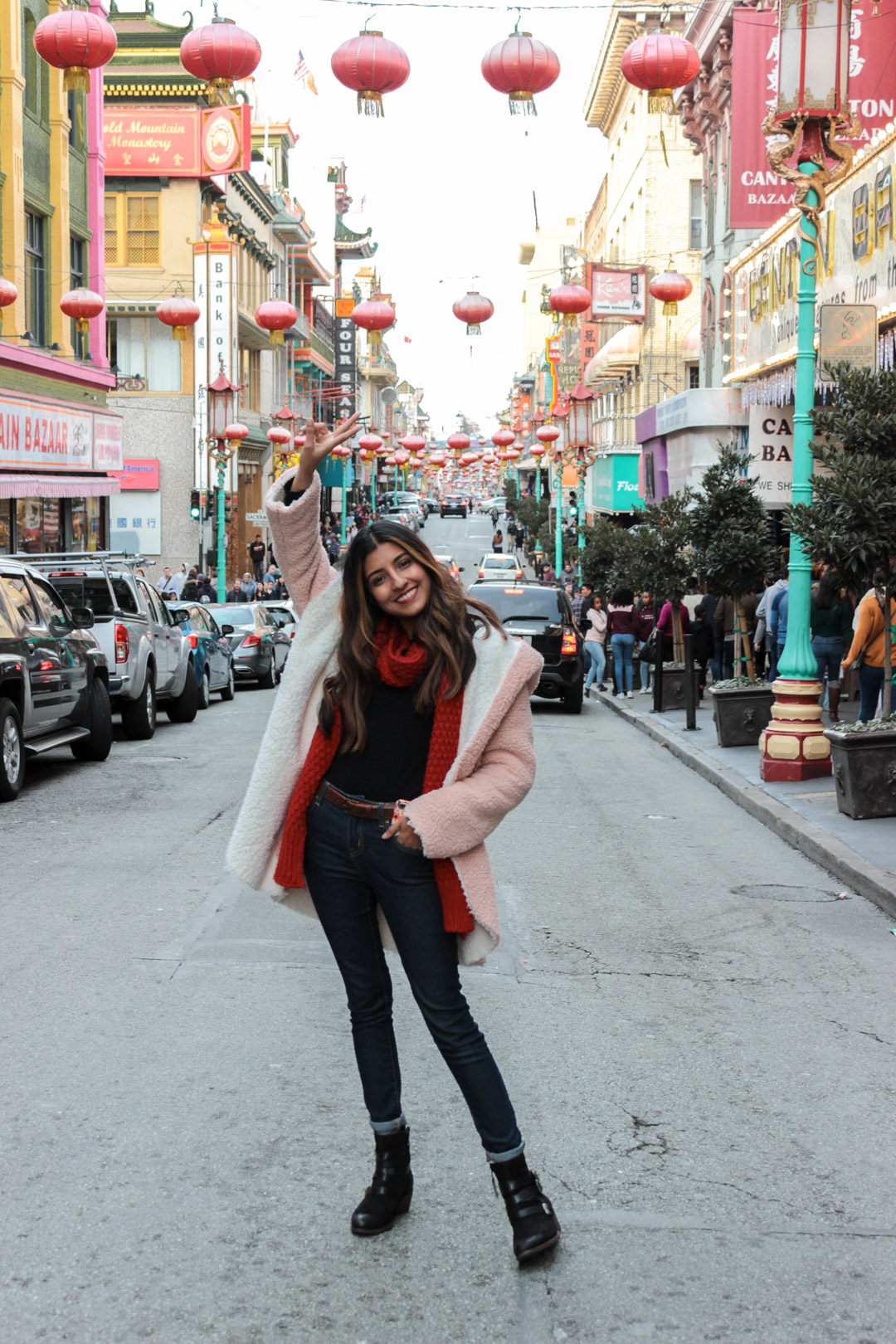 pink-teddy-coat-chinatown-san-francisco-blogger 9