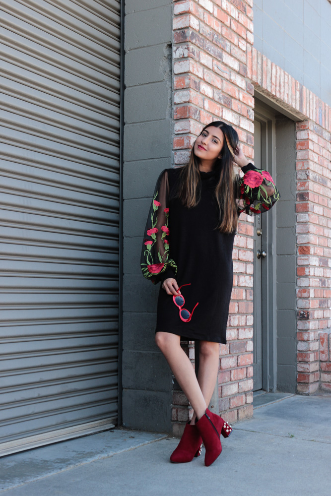 embroidered-sheer-sleeves-turtleneck-dress-blogger-outfit 5