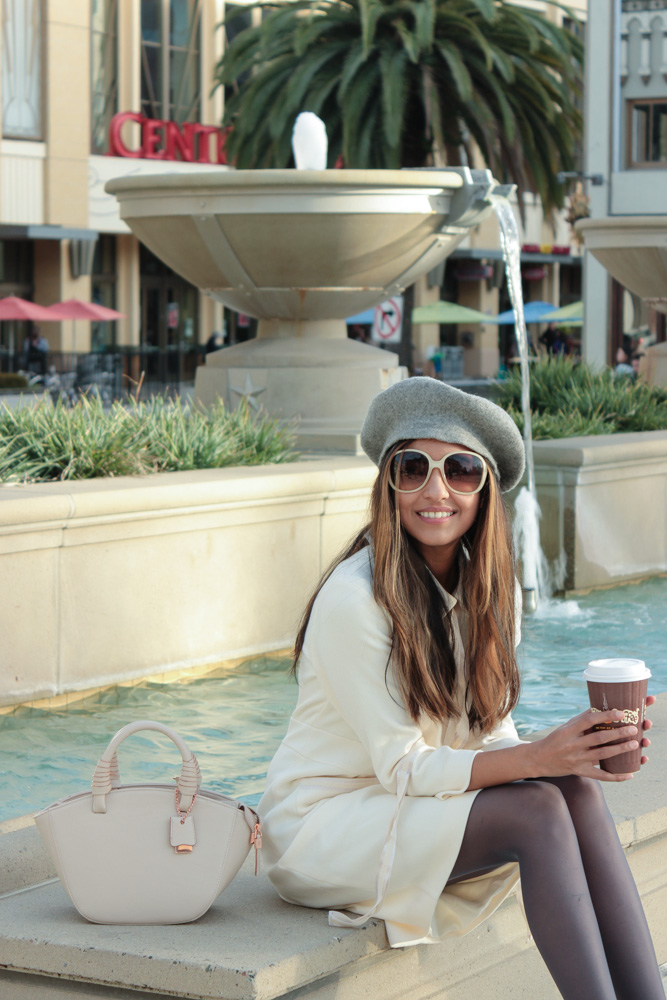 winter-white-parisian-chic-beret-blogger-outfit 5