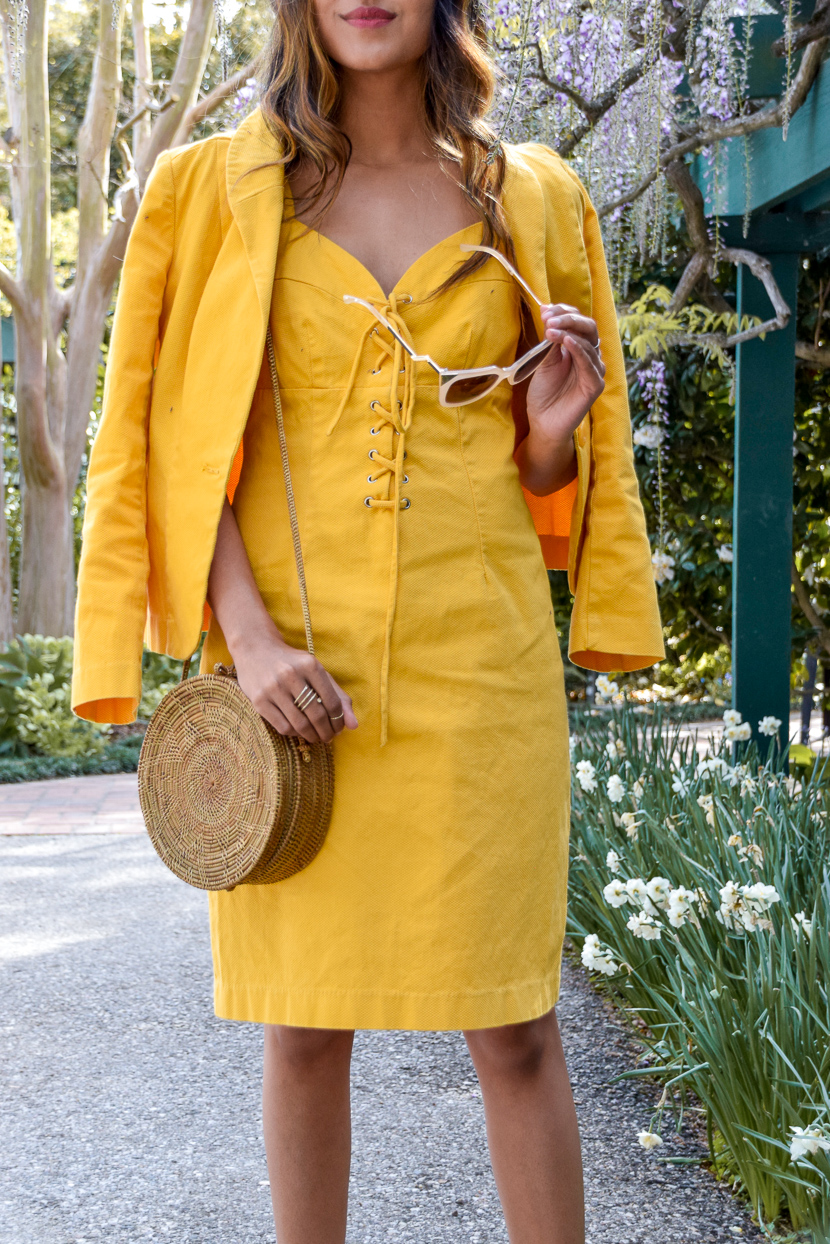 yellow-spring-style-denim-dress 4