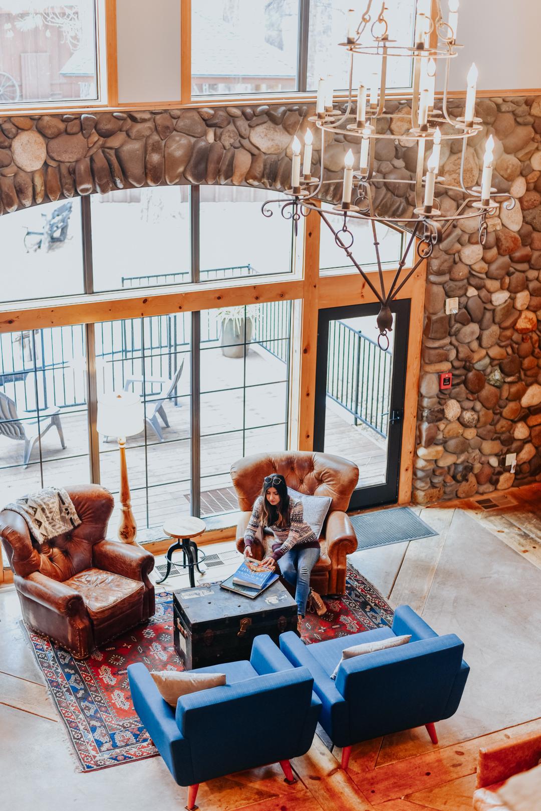 black-bear-lodge-lake-tahoe-travel-blogger 3