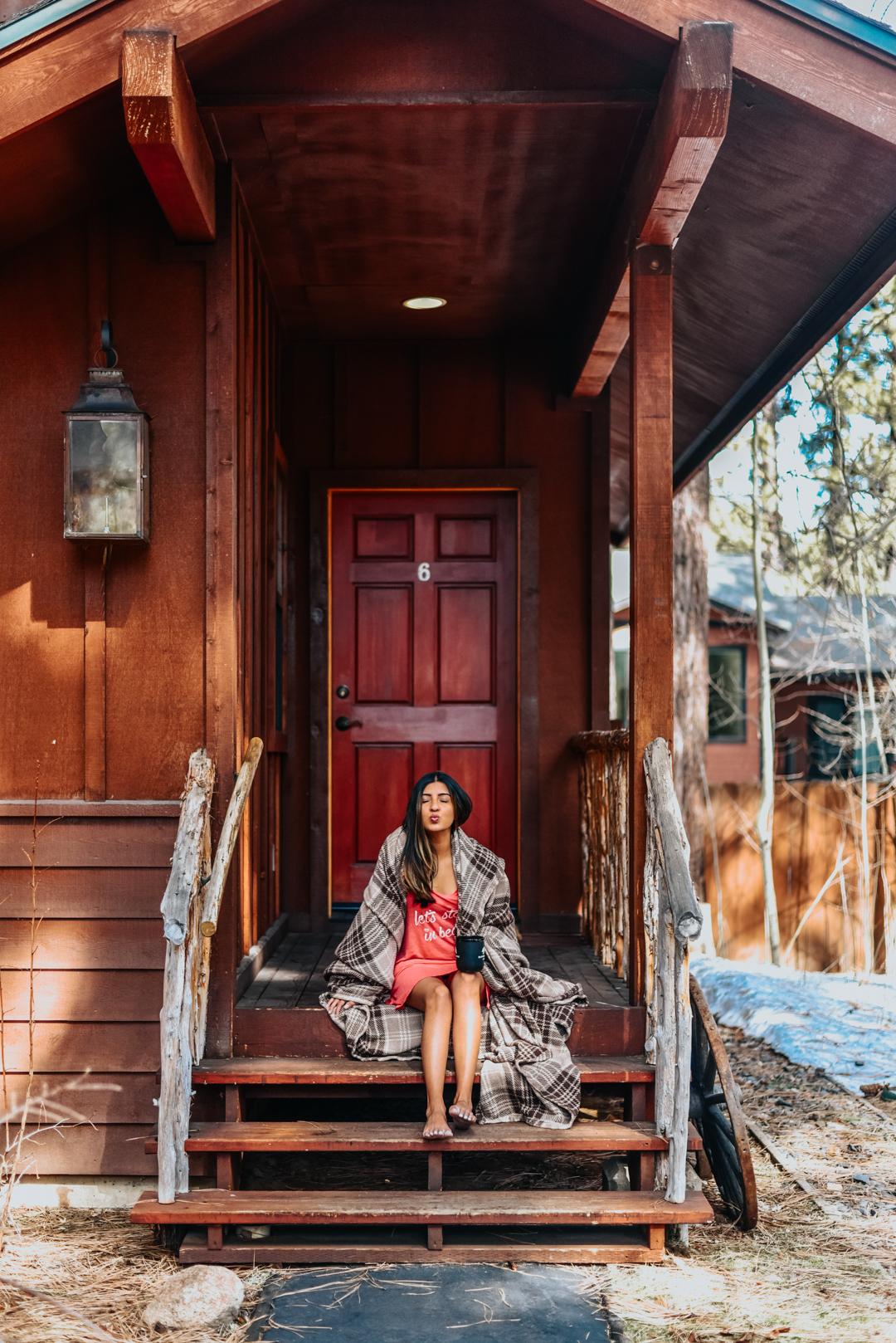 black-bear-lodge-lake-tahoe-travel-blogger 9