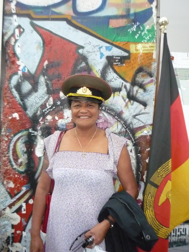 2011 - Katalina at Berlin Wall