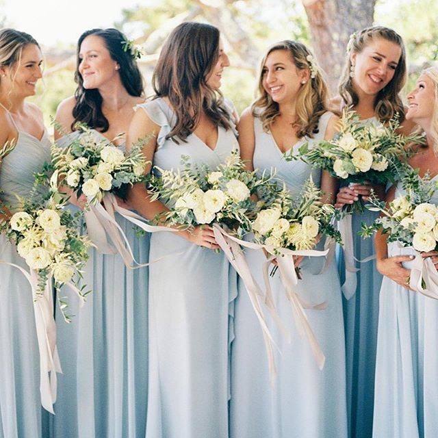 love this sweet moment of the ladies from k+k's wedding in july 📷@adrianaklas  florals by @florali .⠀ .⠀ .⠀ .⠀ .⠀ .⠀ #adrianaklasphotography #sanfranciscoweddingphotographer #napawedding #napaweddingphotographer #livermoreweddingphotographer #bayareaphotographer #eastbayweddingphotographer #californiawedding #stylishbride #luxurywedding #weddinginspiration #filmphotographer #bayareaweddingphotographer  #californiawedding #californiaweddingphotographer #sanfranciscowedding #theknot #Bridesmaids #mamiya645 #portra400 #kodakportra #mediumformat #bridalstyle #bride #bridesmaids #bridesmaidstyle #bridalinspiration #bridalparty #bridalgown #bridesmaiddresses