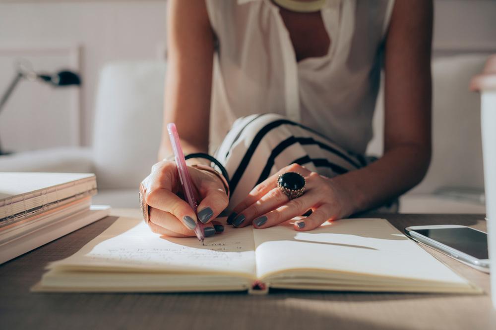 d845e-womanwriting.jpg
