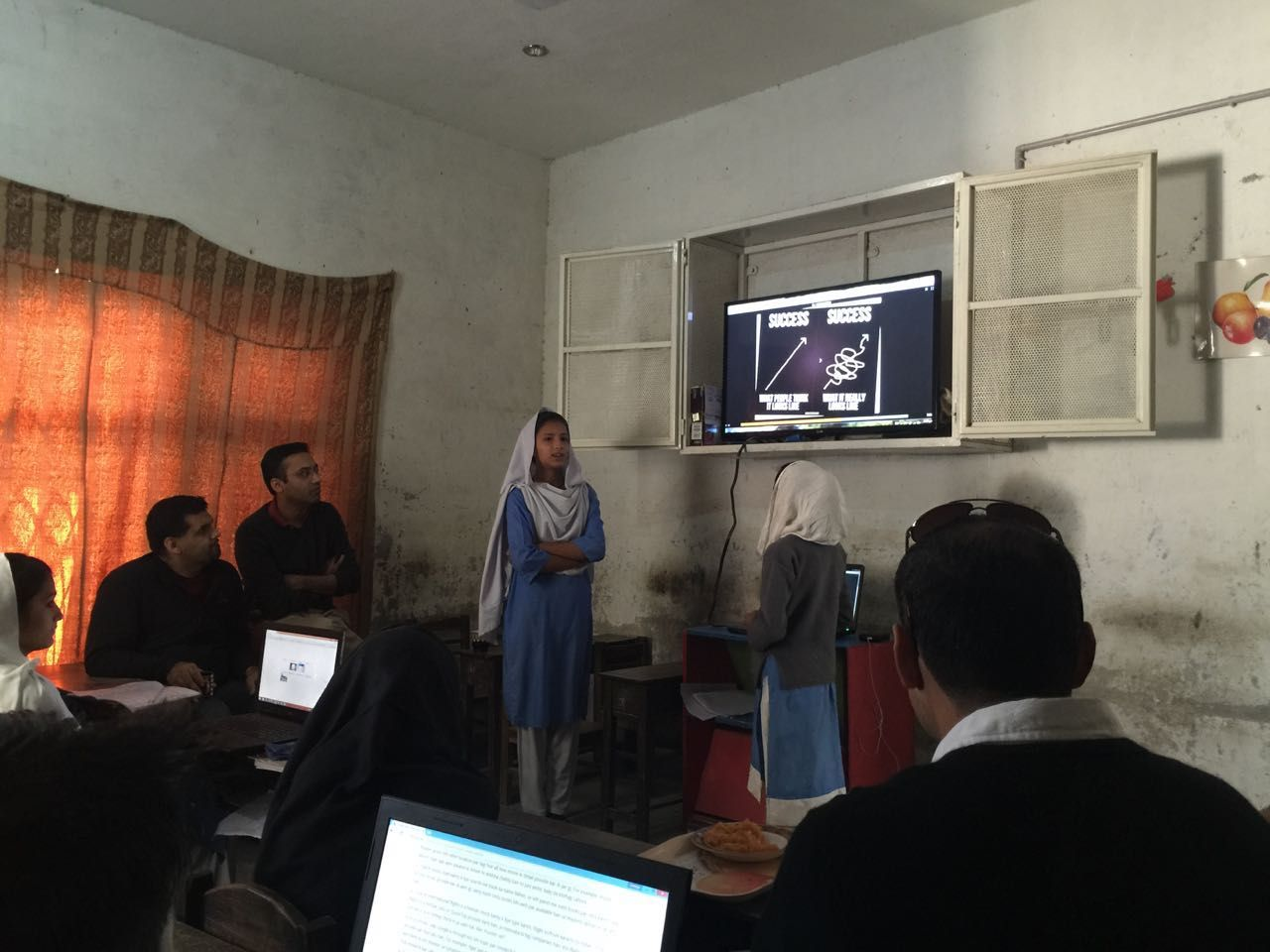 Khud Students Presentation Self Learning Zahoor
