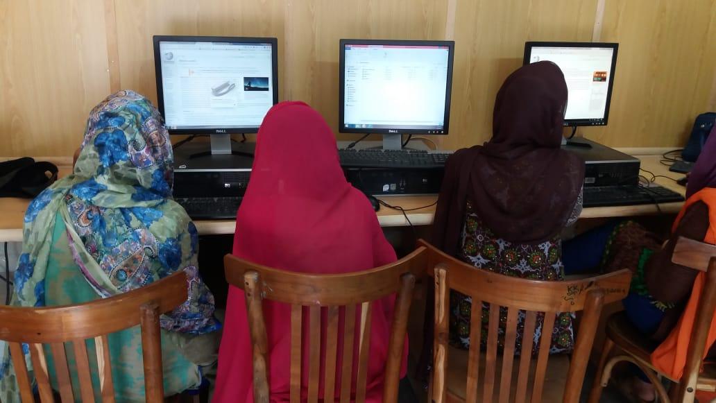Khud+Blog+Pic+women+empowerment.jpeg