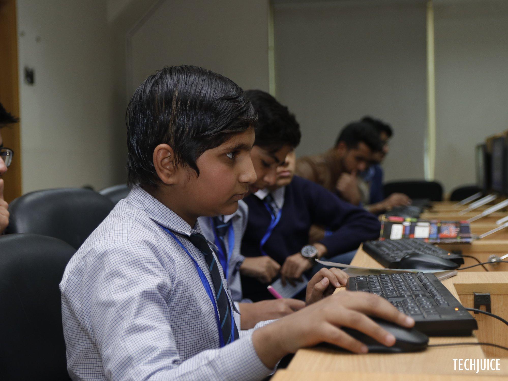 techjuice+ Khud+ bootcamp+ python+ self+ education.jpg