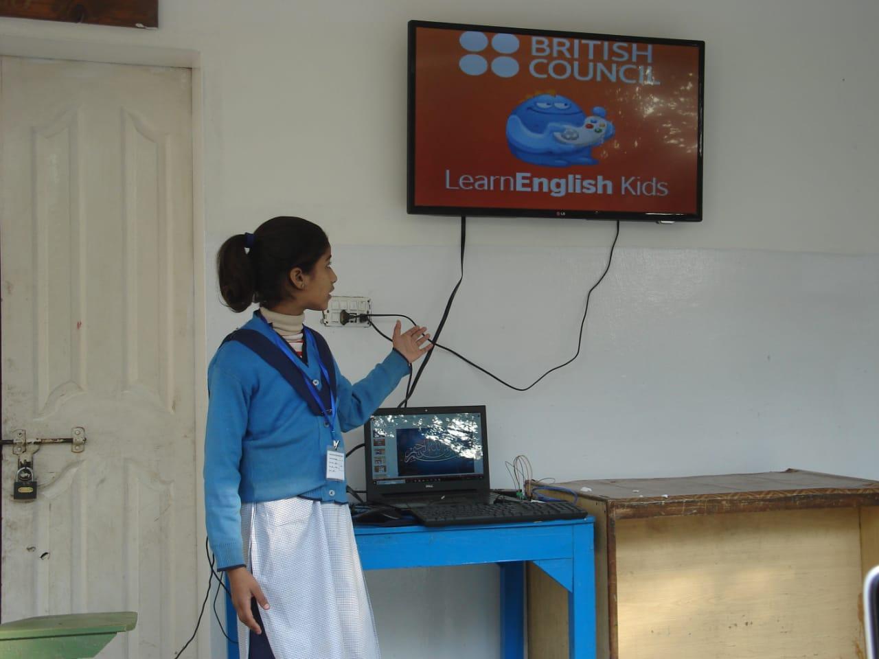 Students+Edtech+Khud+Demo+Day+Riffat.jpeg