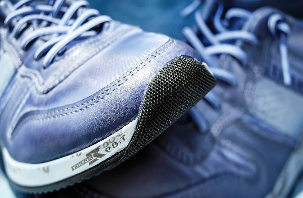 sport-shoe-1470061_1280.jpg