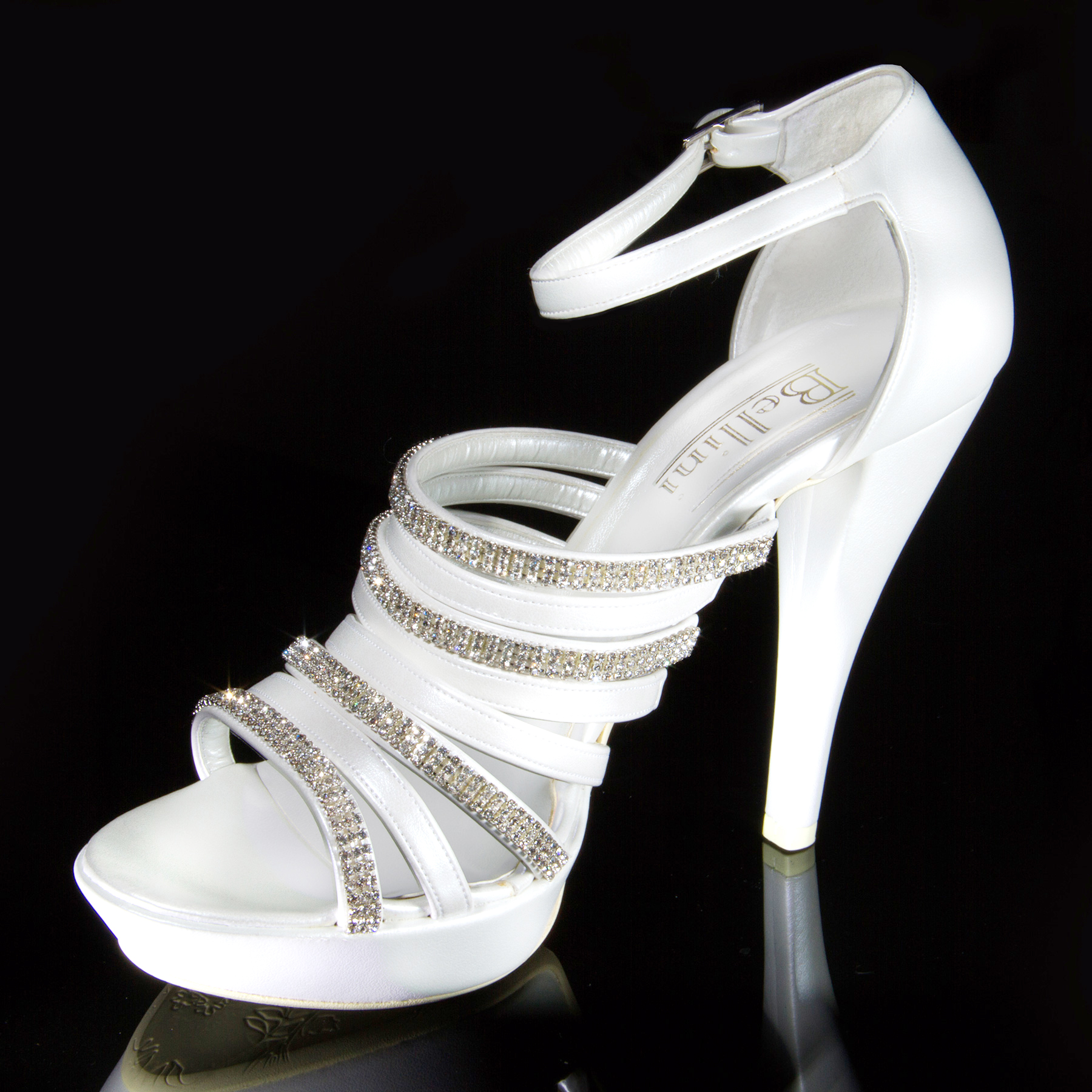 scarpe_sposa_3_marco_resta.jpg