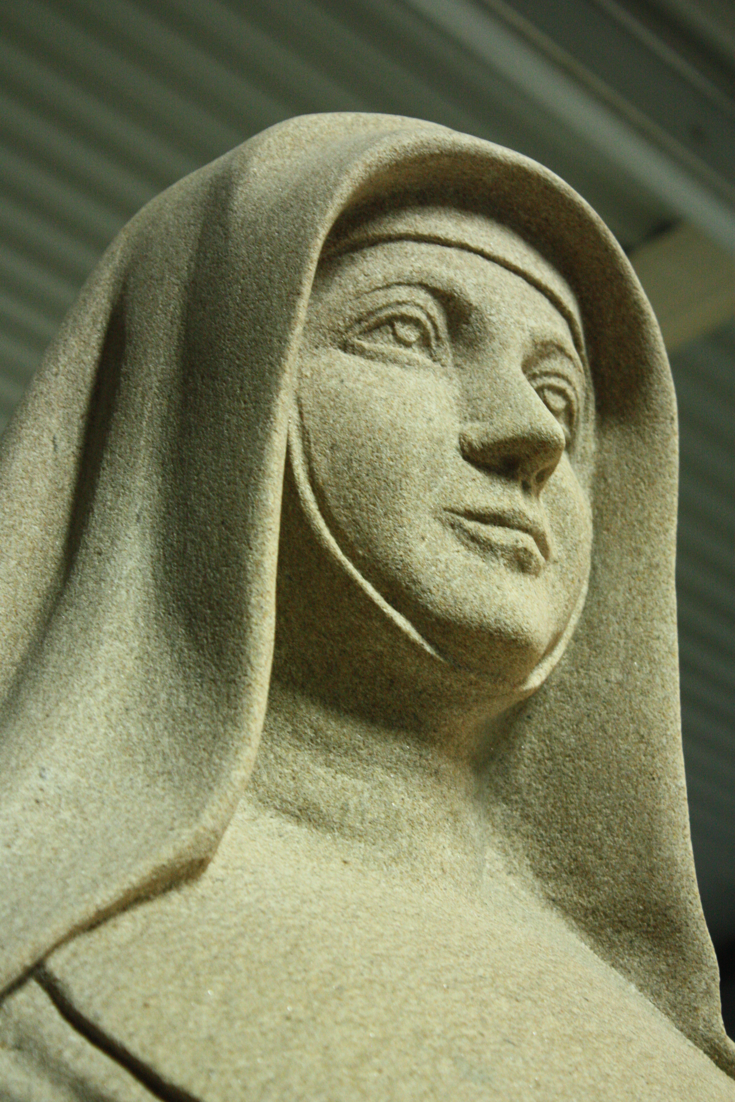 Statue of St Mary Mackillop