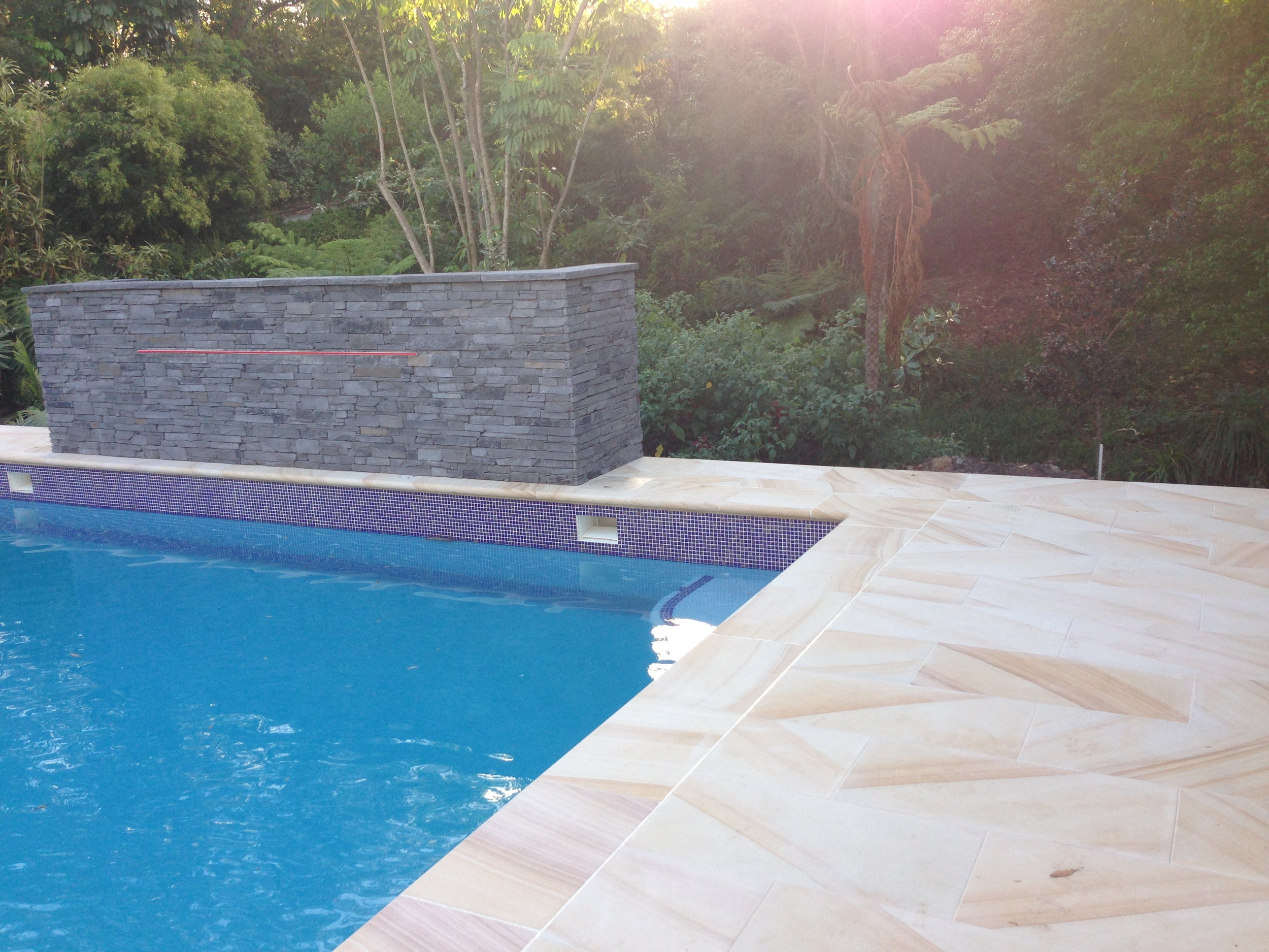 Light Brown Sawn Paving and Pool coping