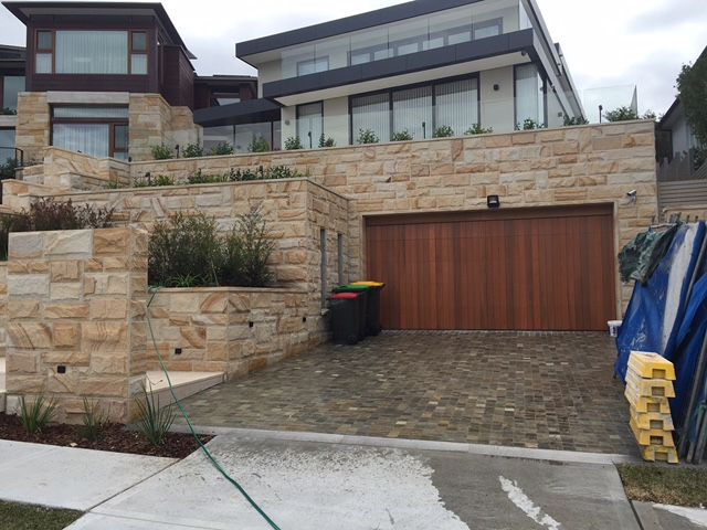 Brown Range, Random square, Rockfaced cladding