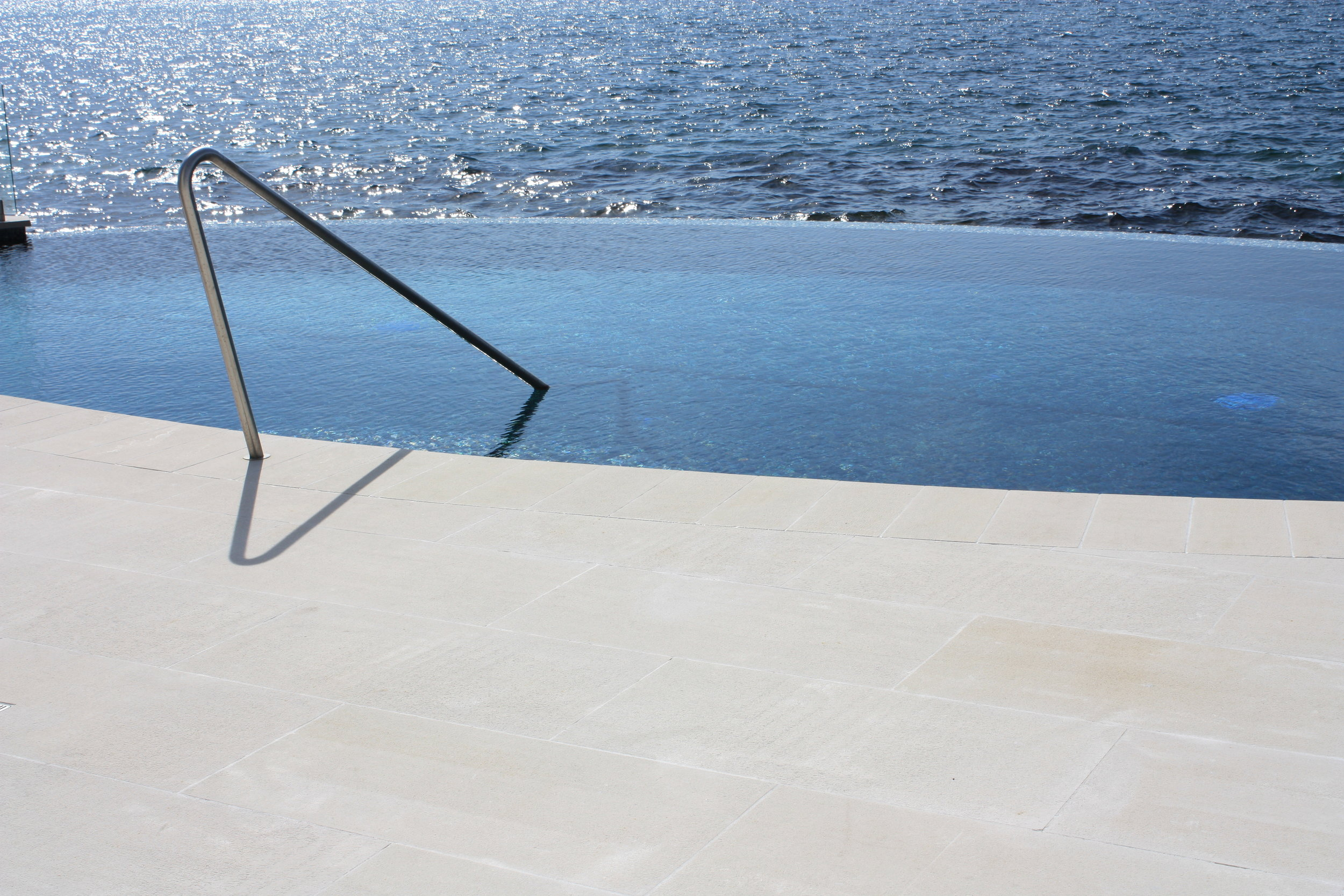 Pure White Gang Sawn Pool Surrounds.JPG
