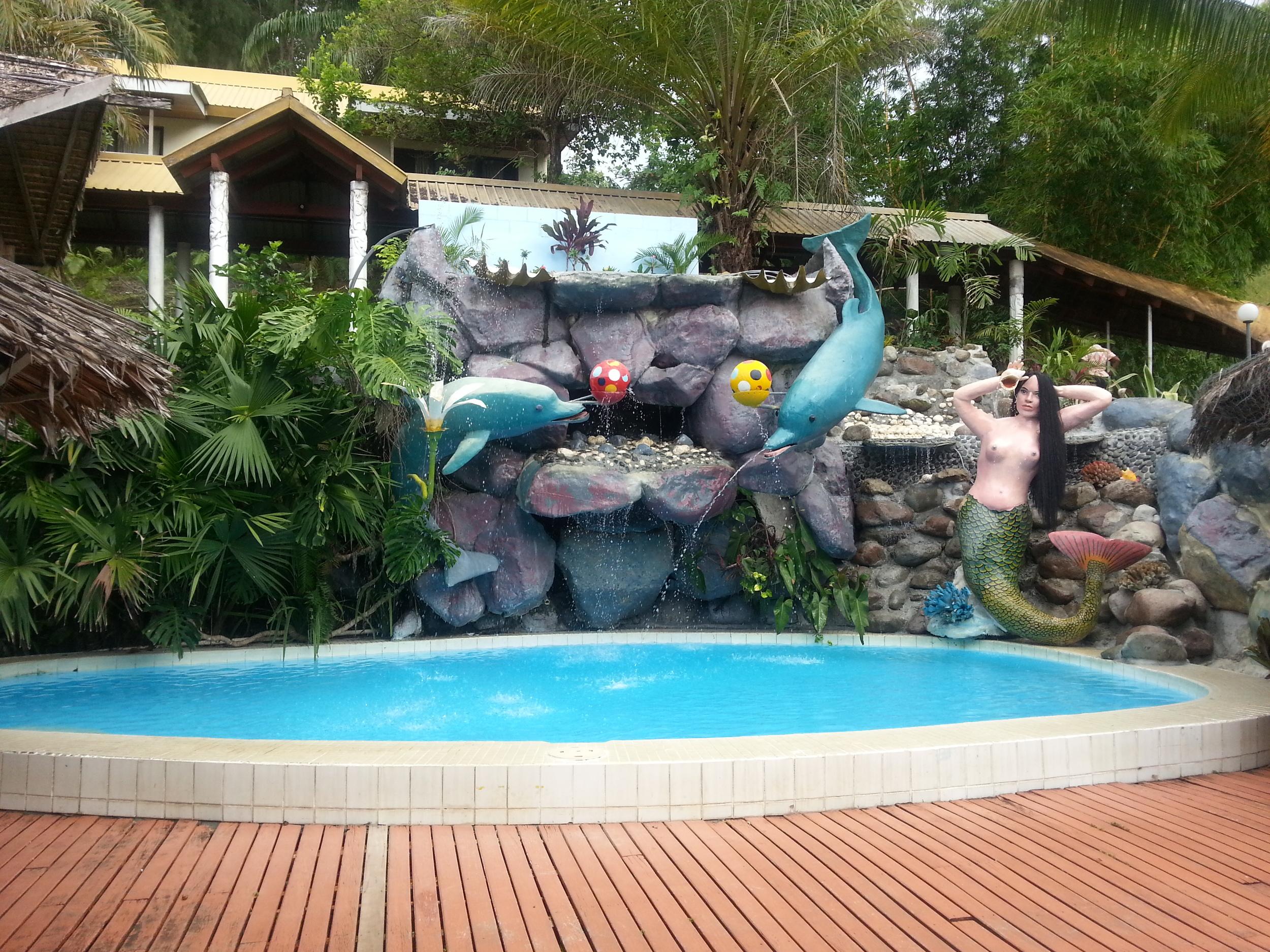 Childrens pool.jpg