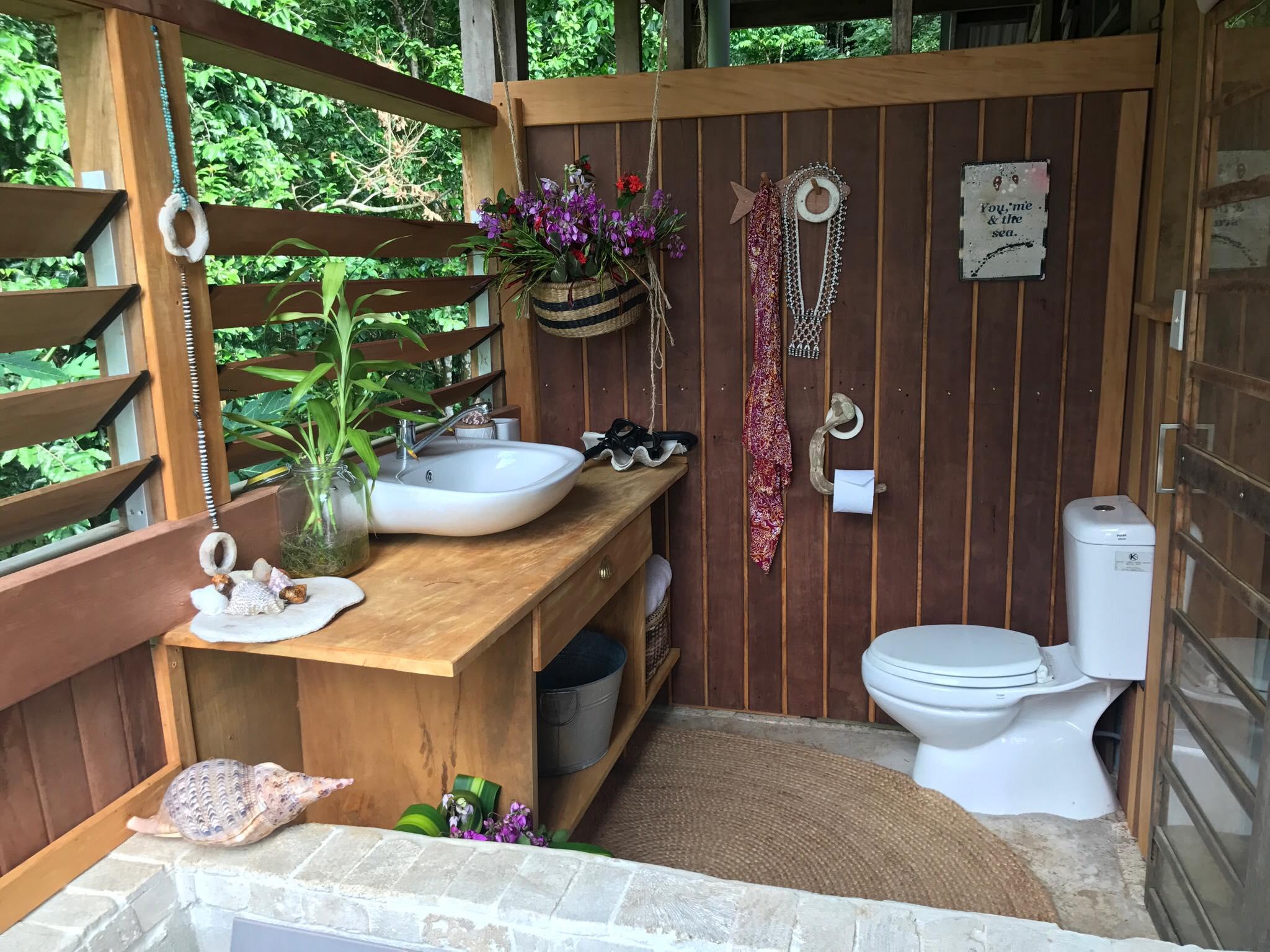 Lagoon bathroom1.jpg