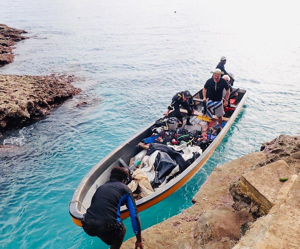 yawana dive boat 1.jpg