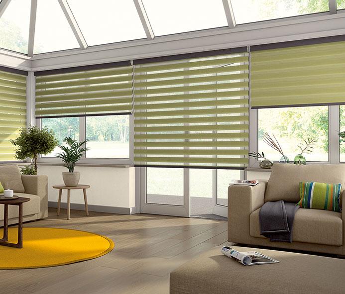 Living+room+blinds.jpg