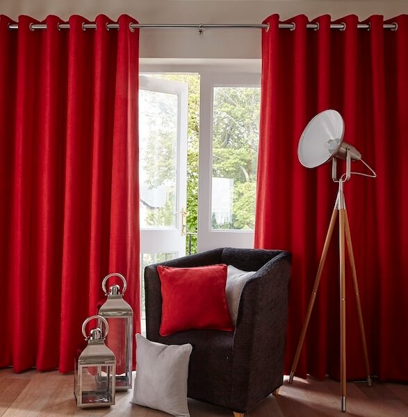 curtains1.jpg