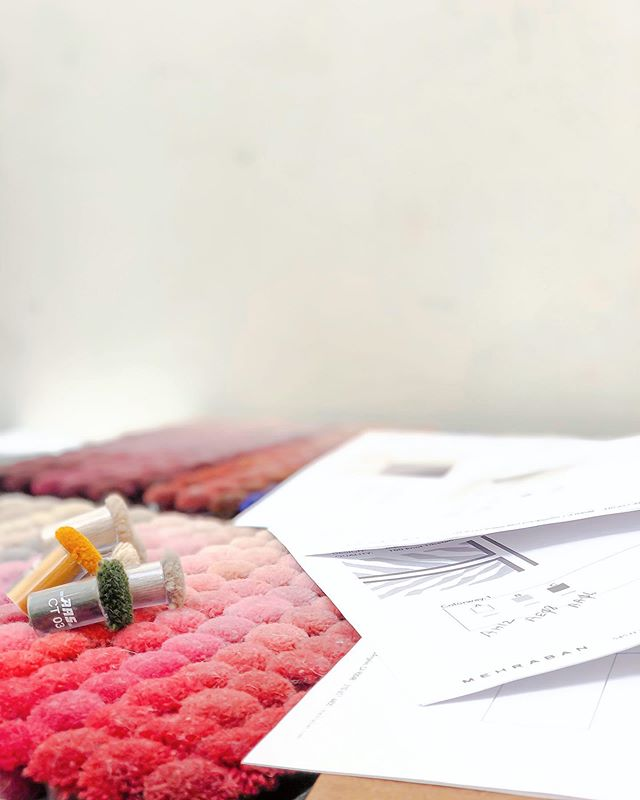 #ingoodFORM: selecting colors for our next collection for @mehrabanrugs, launching #Q4 2019.  Stay tuned for more scrumptious details. #thisjustgotreal #designmakeslifebetter #beautymakers #getintoit  #finerugs