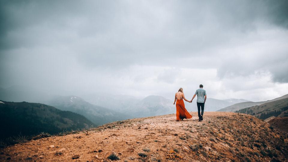 Colorado Couples Photographer - Adventure Photographer.jpg