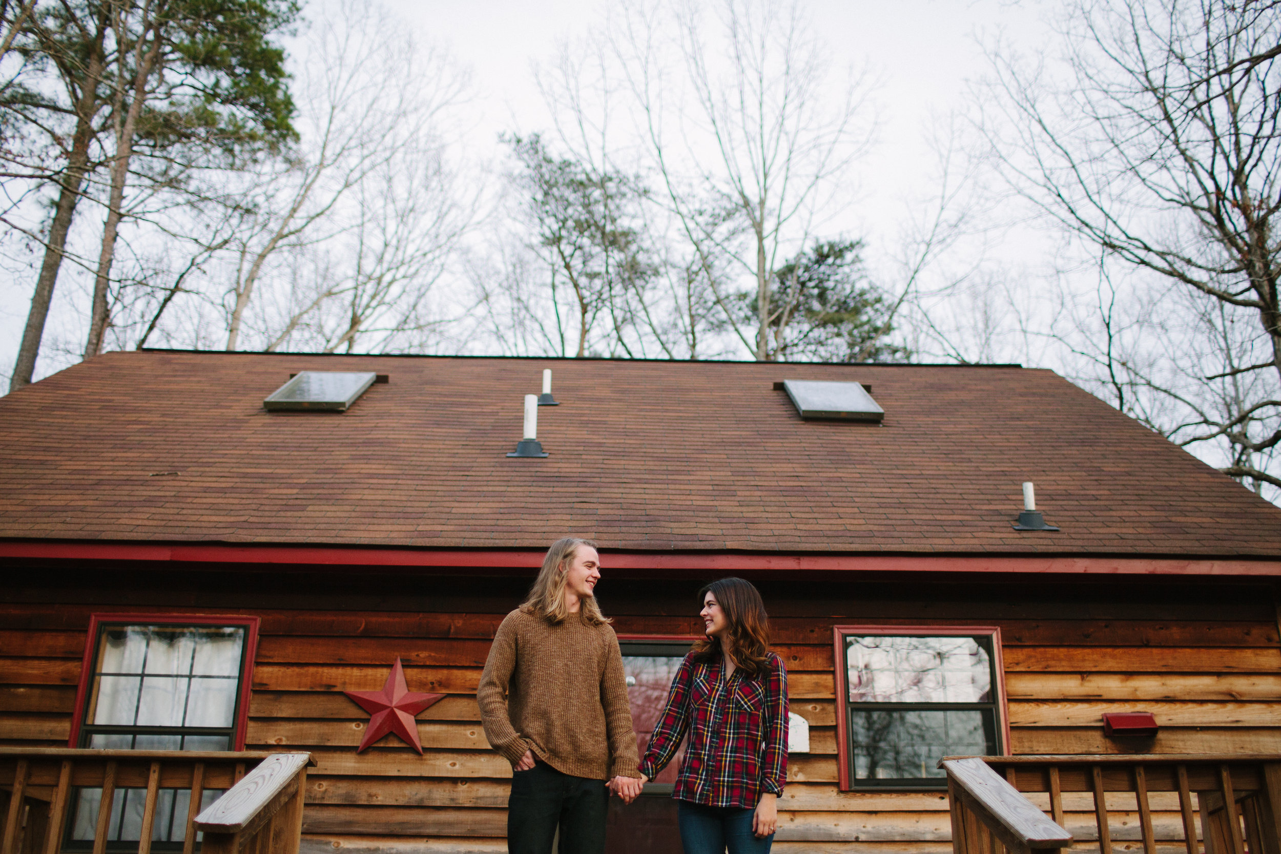 cozy-cabin-forest-engagement-photos-virginia