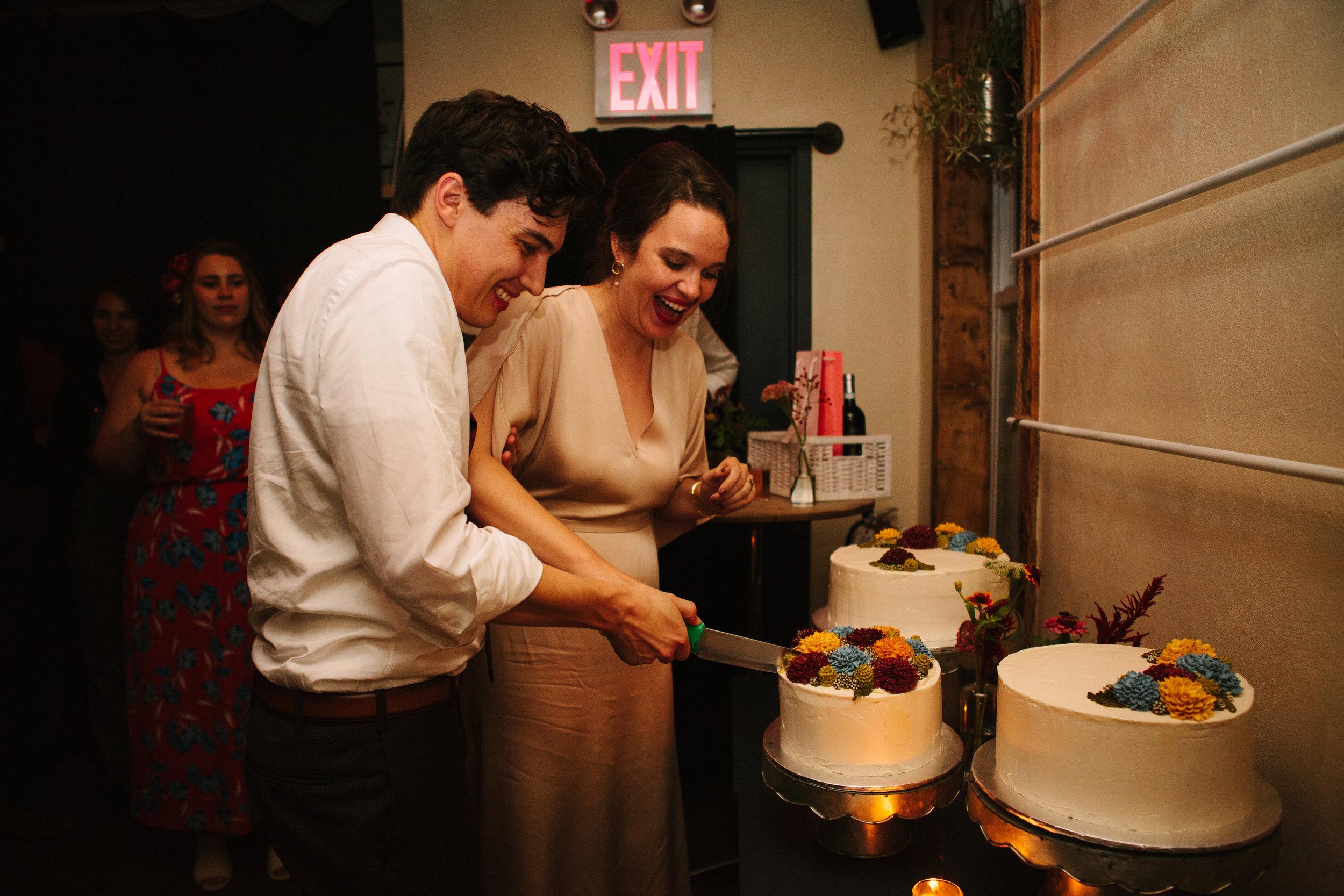 maine-brewery-wedding-photography