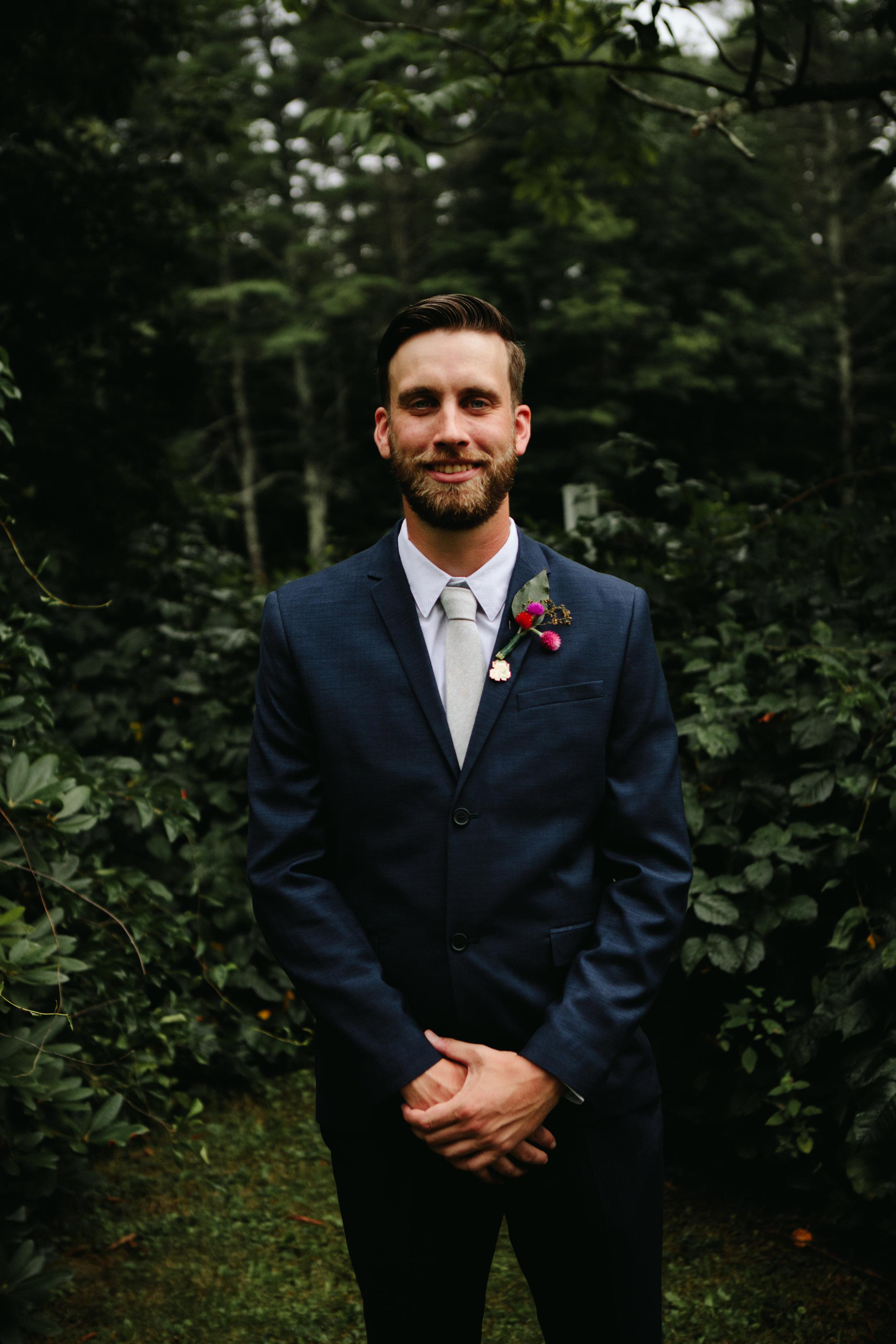 groom-portrait-nh
