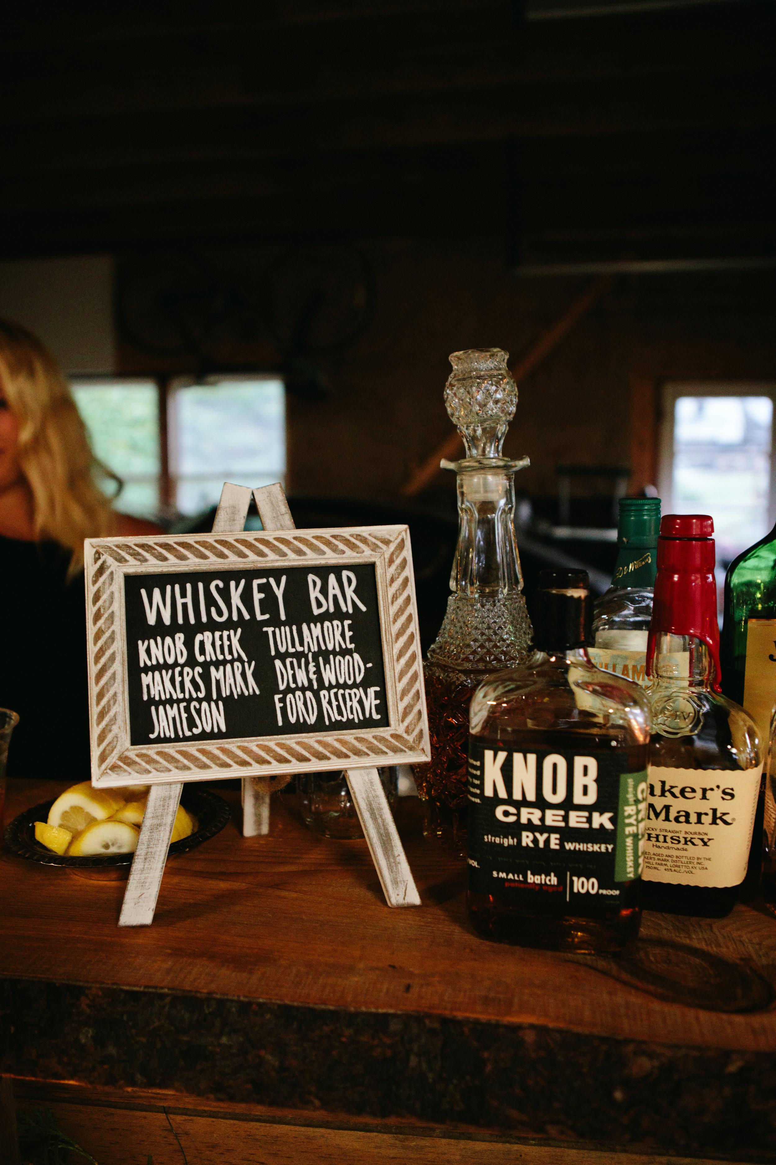 whiskey-bar-wedding