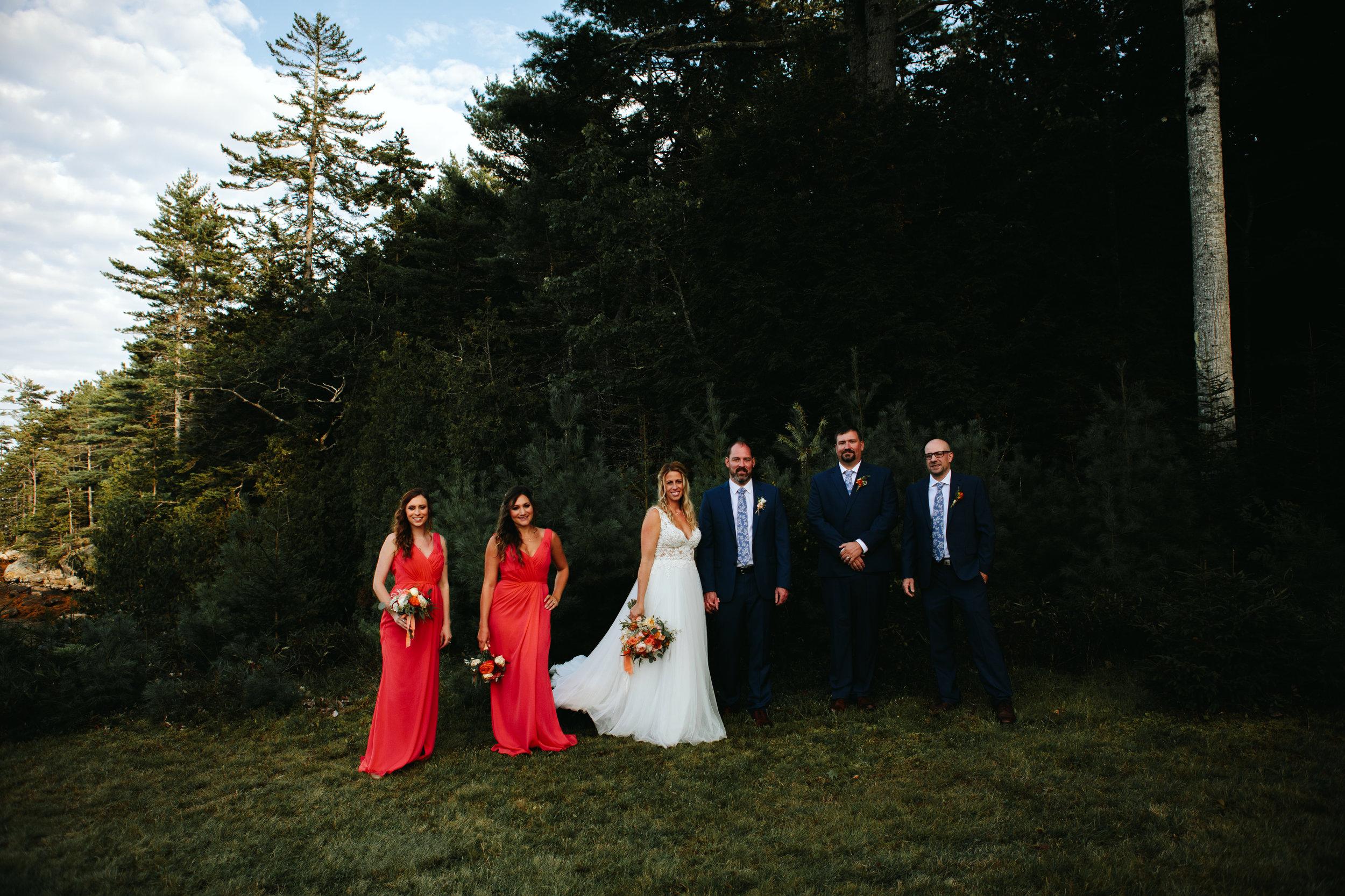 modern-maine-wedding-party-portraits
