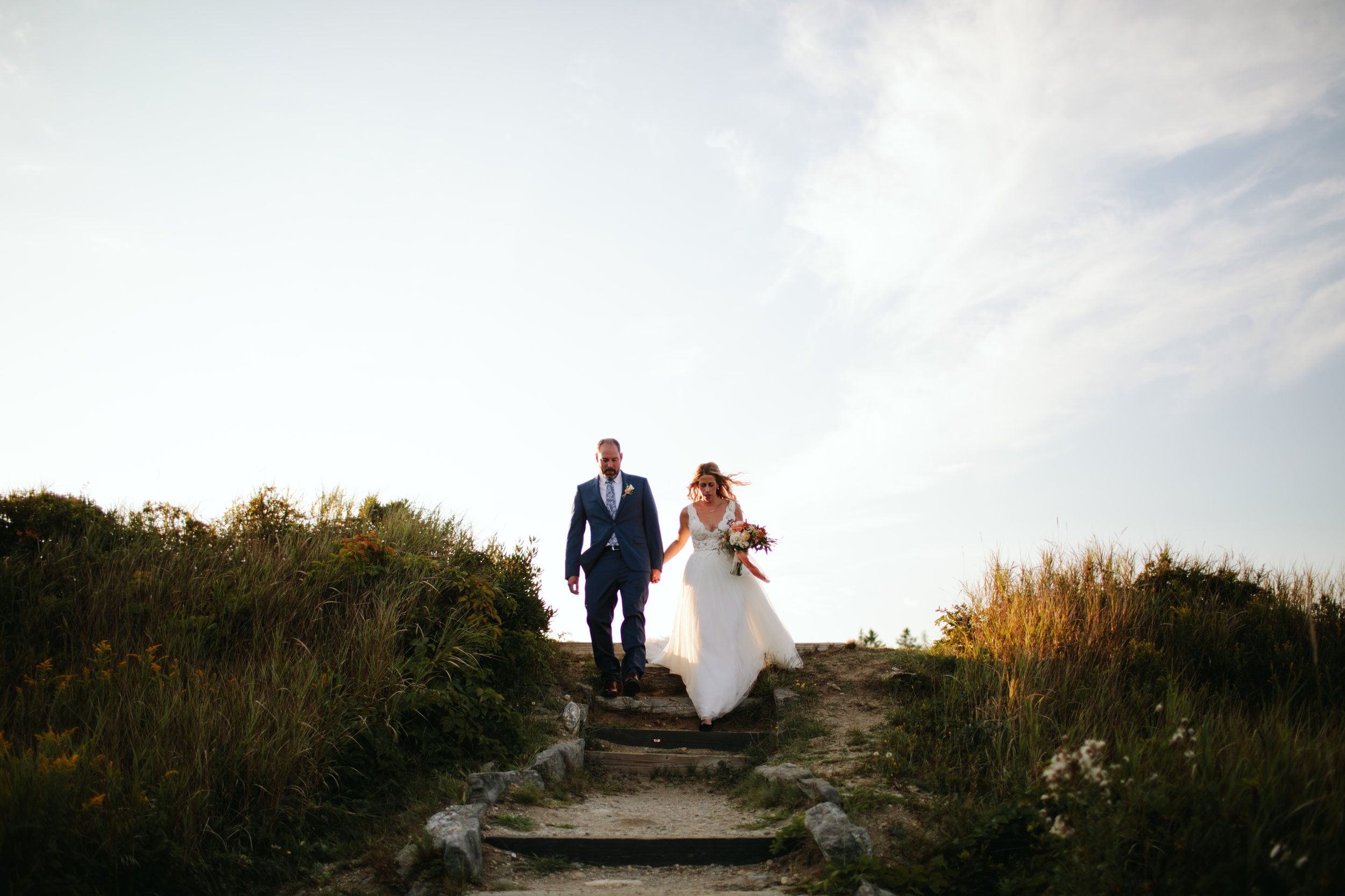 1-modern-maine-wedding-portraits-reid-state-park-18.jpg