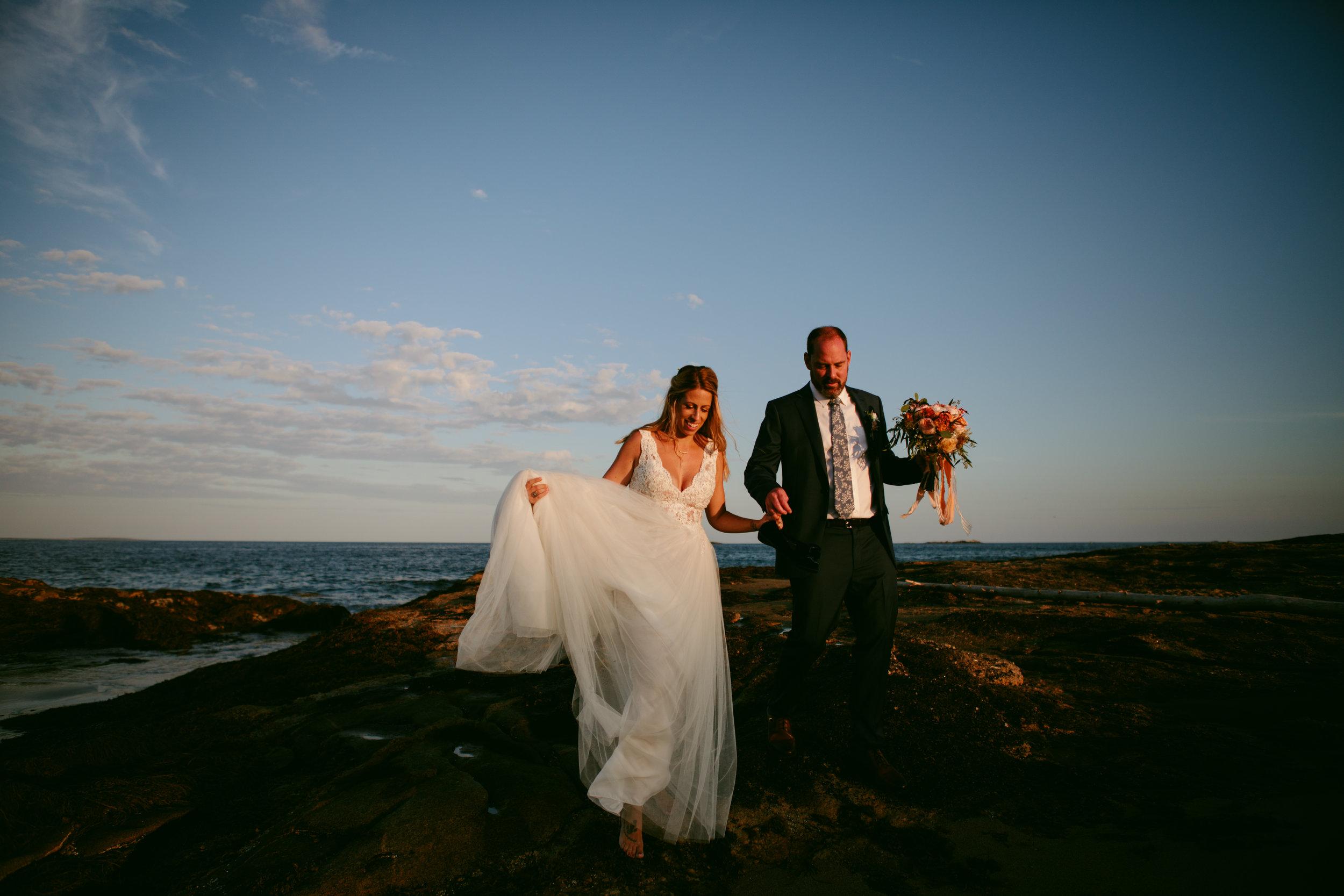 modern-maine-wedding-portraits-reid-state-park-35.jpg