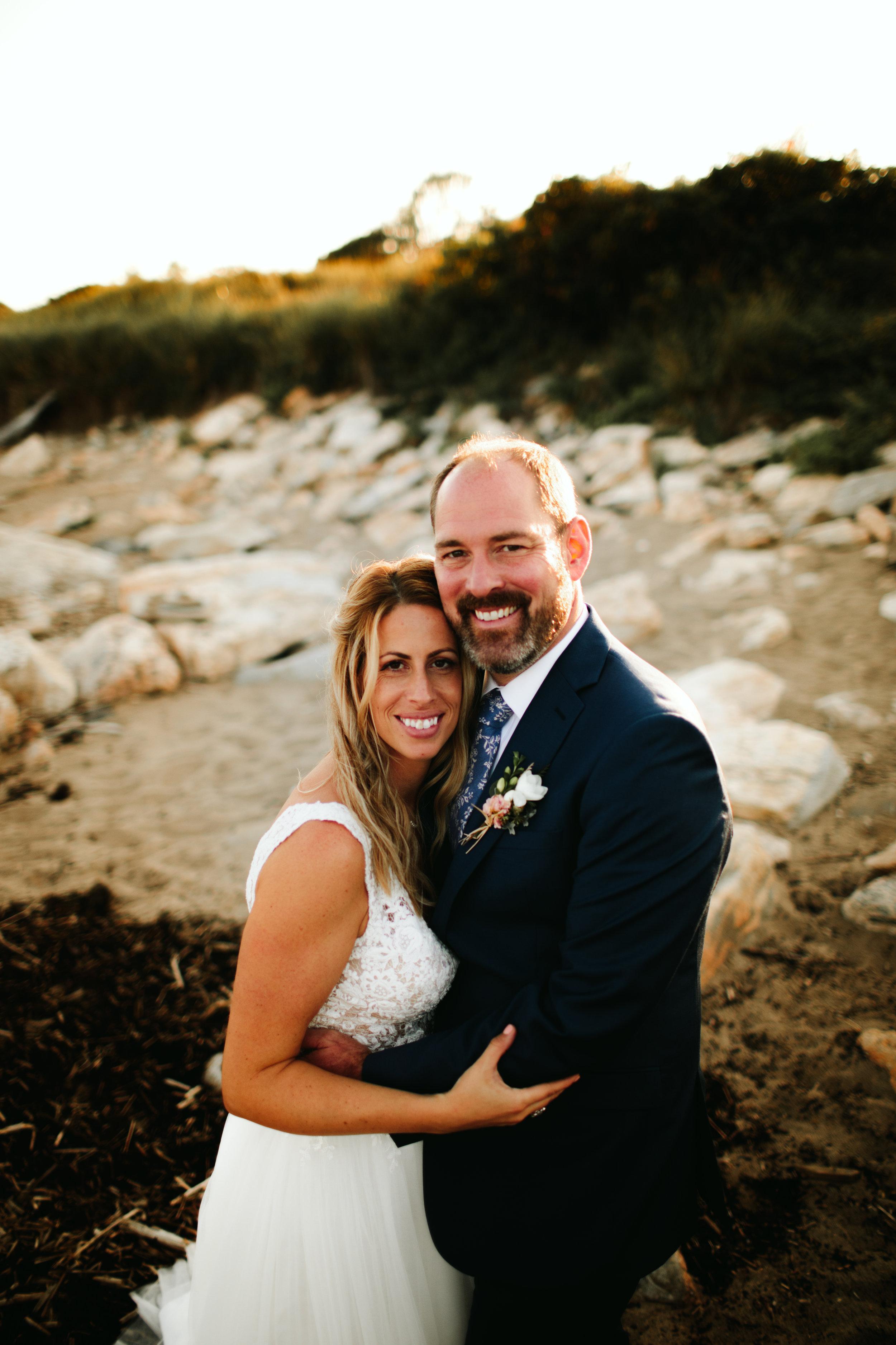COUPLES-WEDDING-PORTRAIT-REID-STATE-PARK-GEORGETOWN-MAINE-7.jpg