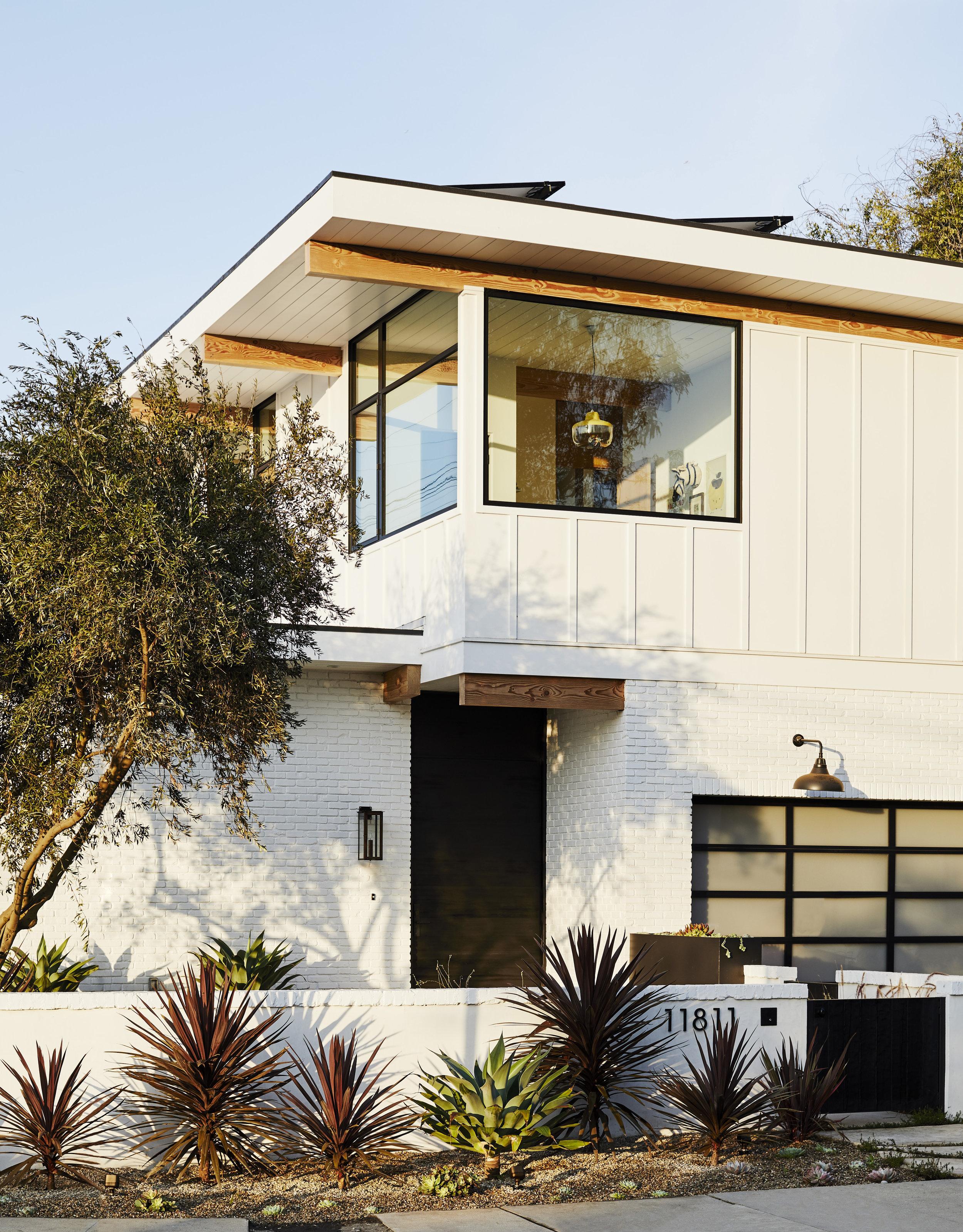 Barta Interiors for Domino Magazine,   design & architecture