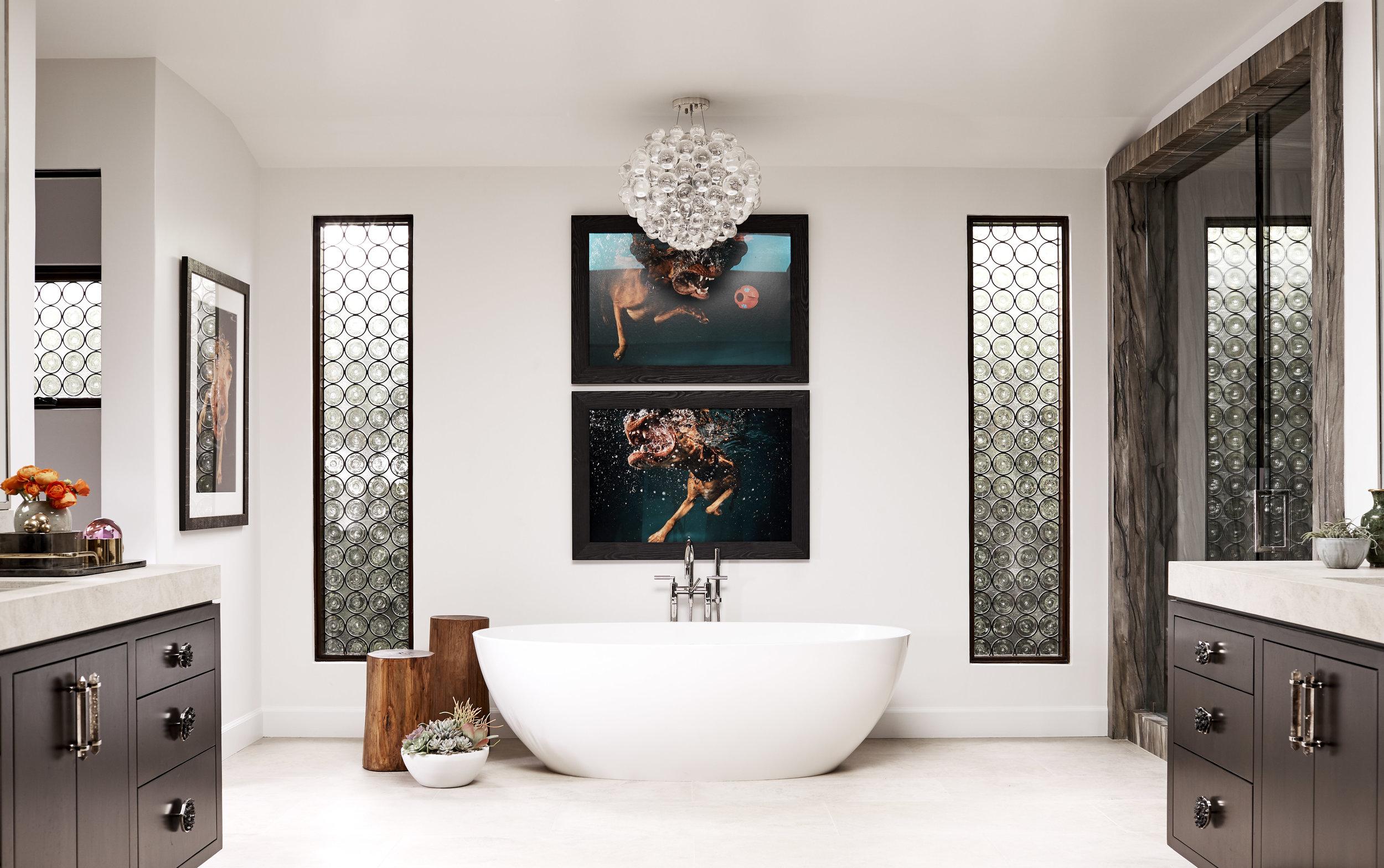 JB_N_Carmelina_Master_Bath_050_plant.jpg