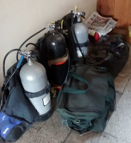 The department has 8 firefighters trained in scuba diving which is important given that we'reon the banksofLake Atitlan.