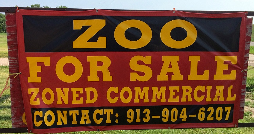 Zoo for Sale. It's not just a movie.We wrote about our visit to this attractionin an earlier blog. You can check it out  here .