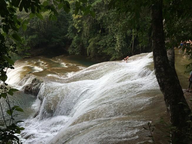 Cascada de Robert Barrios