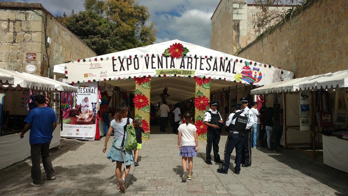One of many artesanal markets