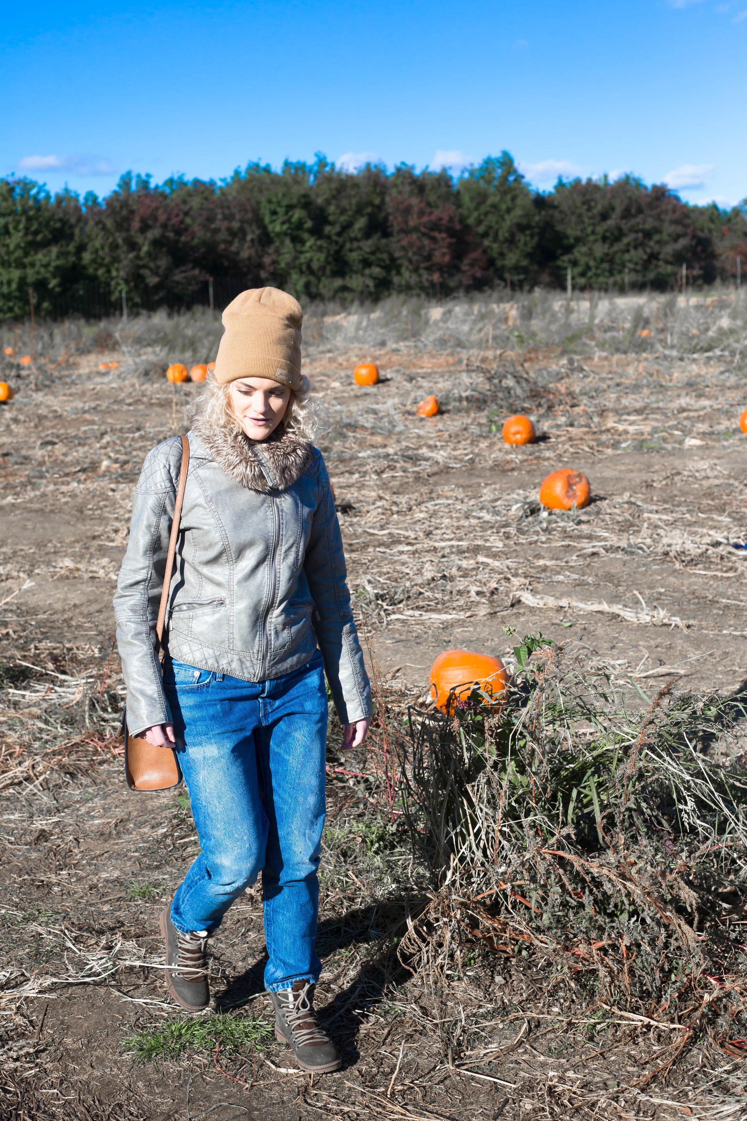 Pumpkin Patch (6 of 26).jpg