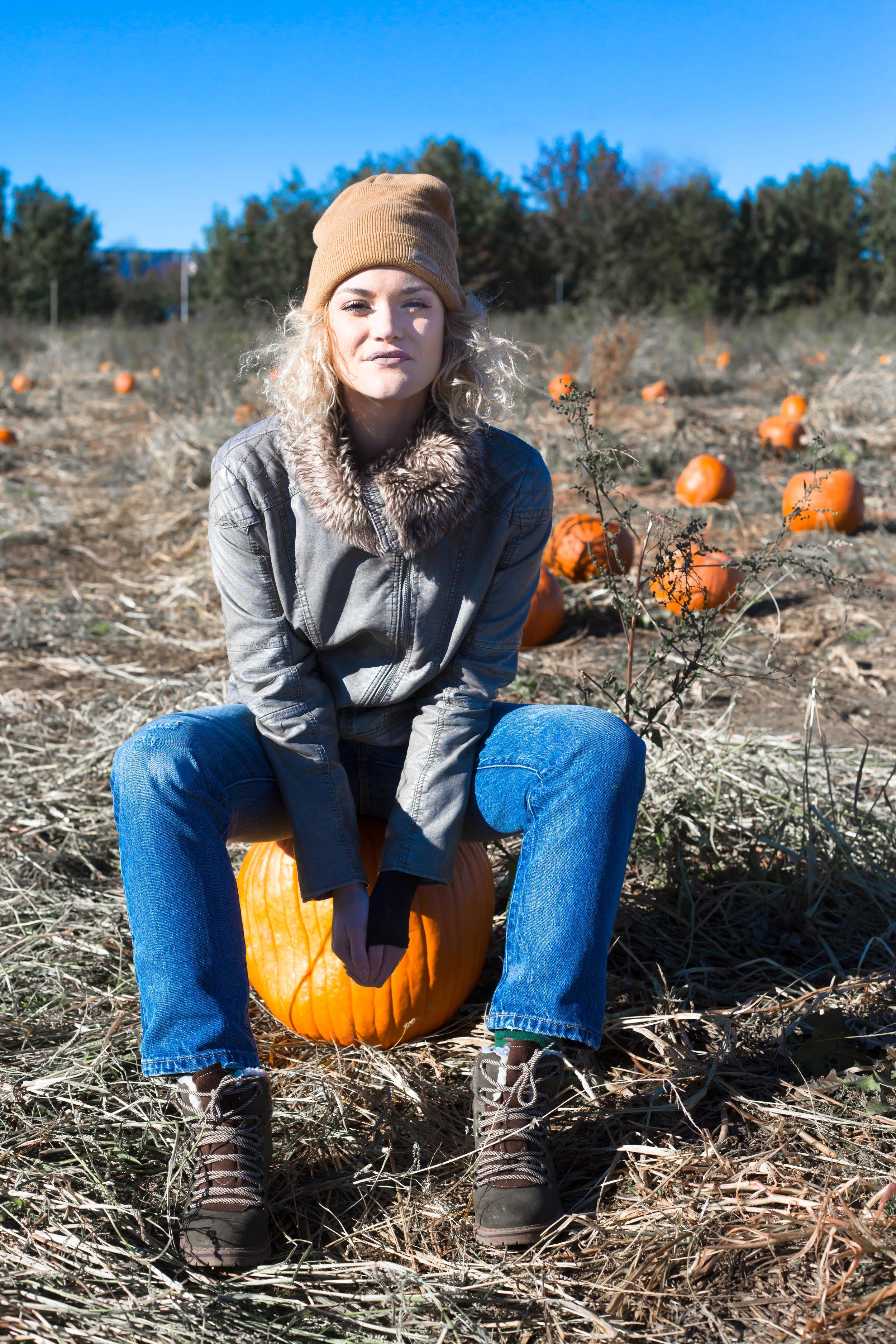 Pumpkin Patch (8 of 26).jpg