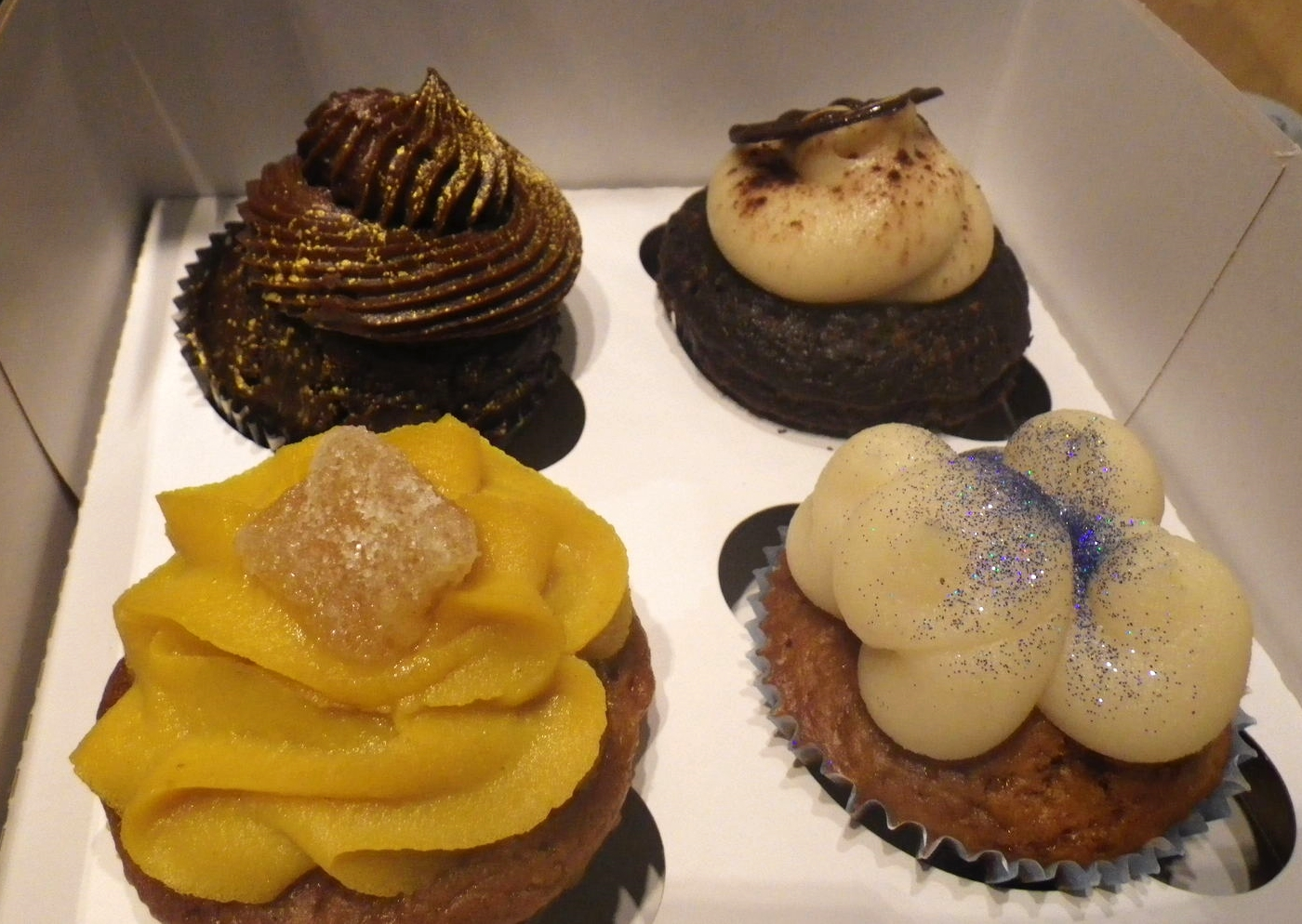 vegan cupcakes in Paris, from Vegan Folie's