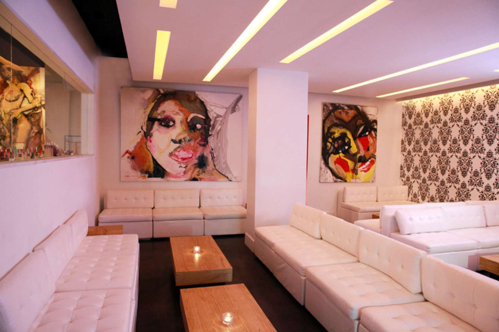 Ivory Lounge, Sarasota 06.jpg