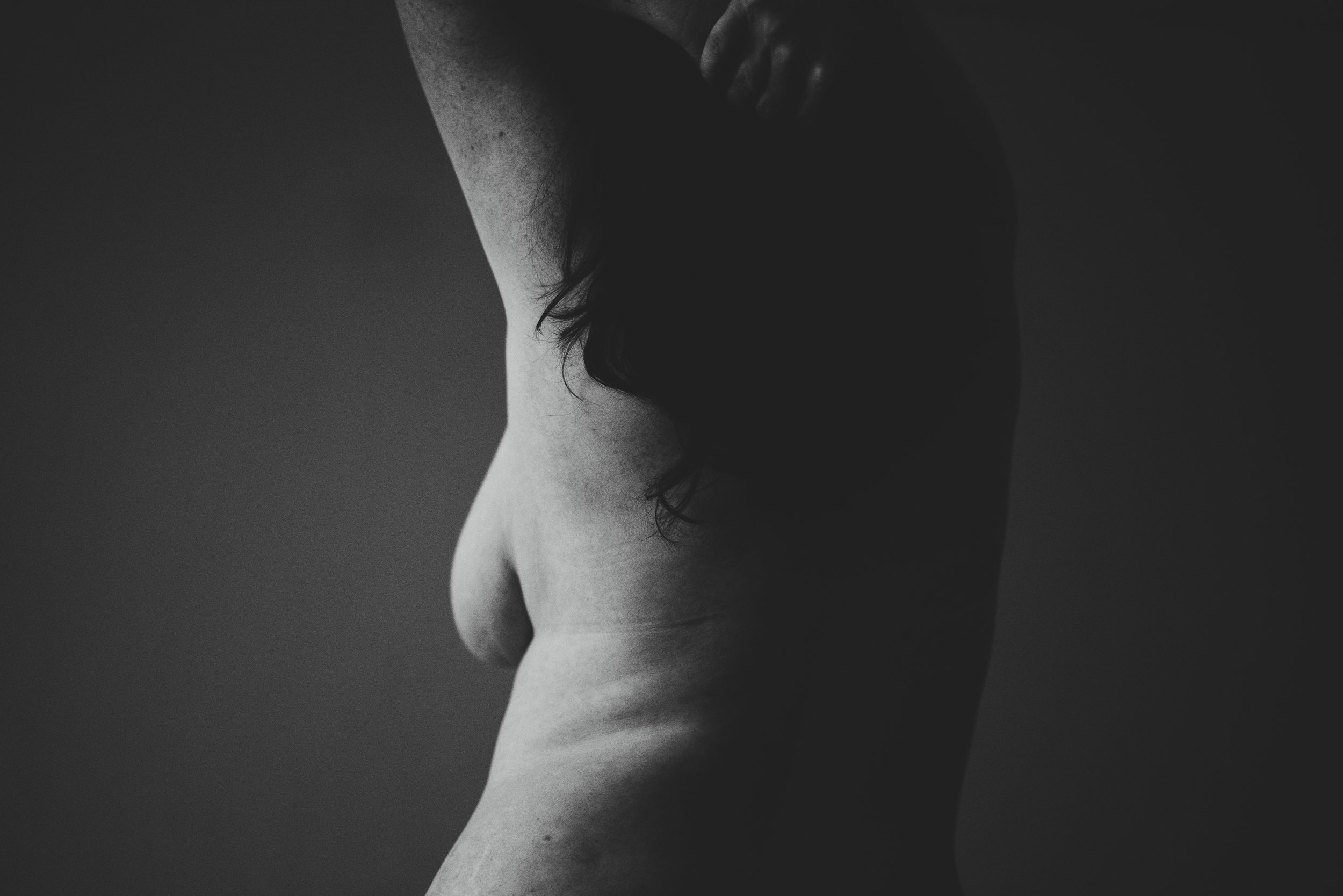 Breast size and spine  pain