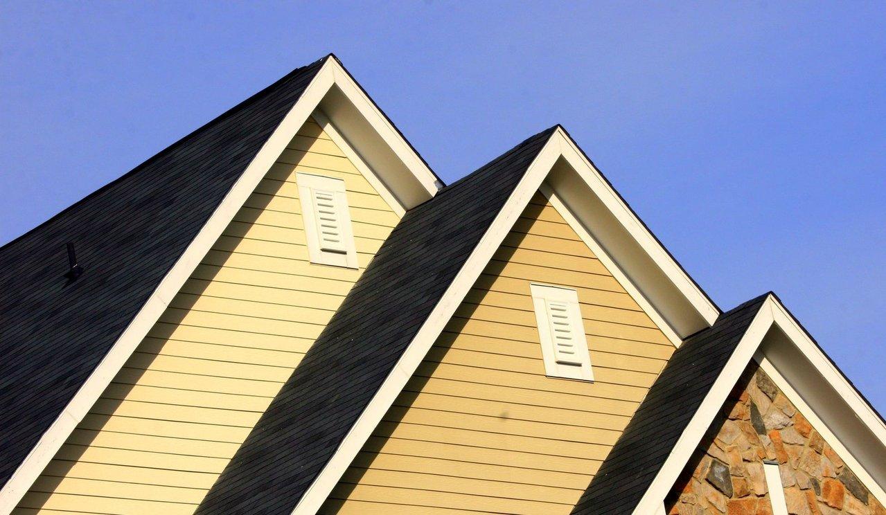roof-angles-1185782-1279x743.jpg