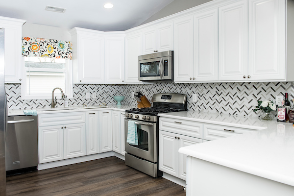 0003-LID-Alexandria-kitchen-bath-20190218-edited.jpg
