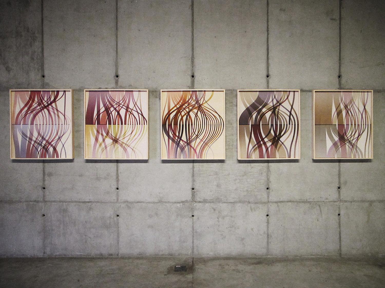 Trilhas ( série Autorretratos Estatísticos) •2012 •Jato de tinta sobre papel de algodão + livro de artista •0,70 x 0,65 m (cada)